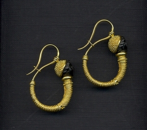 korai earrings